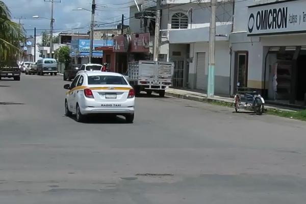 El servicio de UBER es ilegal en Quintana Roo