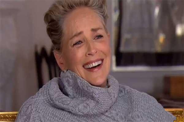 Sharon Stone suelta carcajada cuando le preguntan si ha sido acosada sexualmente