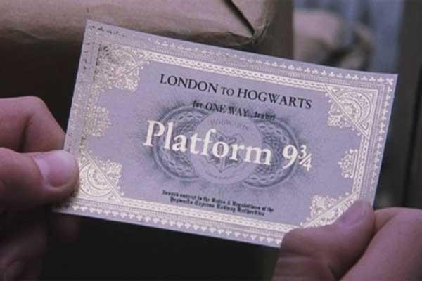 Este fanático de 'Harry Potter' intentó atravesar una pared en Londres