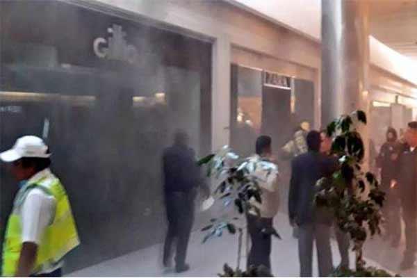 Controlan incendio en tienda Zara de Centro Coyoacán