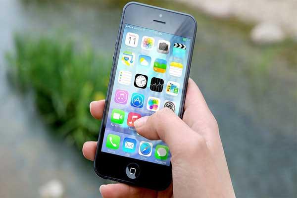 Un símbolo ocasiona fallas en los iPhone, dejándolos inútiles