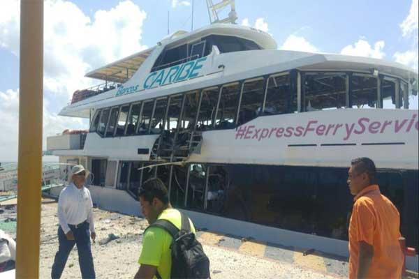 Explosión de ferry en Playa del Carmen deja 18 heridos
