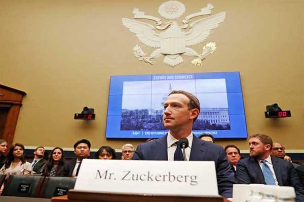 La pregunta que dejó mudo a Zuckerberg en el Congreso