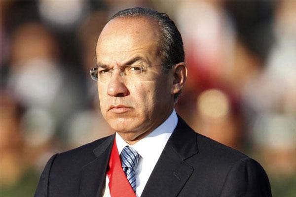 López Obrador no es imbatible: Felipe Calderón