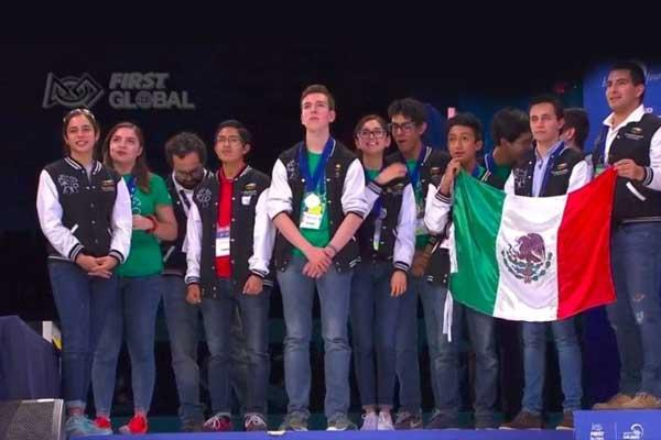 México obtiene medalla de plata en Olimpiada de Robótica