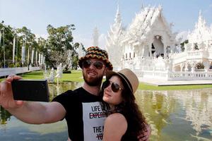 Con selfies buscarán cazar a evasores de impuestos en Franci...