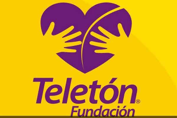 Carlos Juaquín entrega 100 mil pesos a Teletón