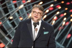 """Guillermo del Toro lanza invitación para formar parte de """"Pi..."""