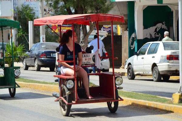 Piden regular mototaxis que circulan en zonas no permitidas