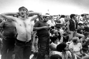 50 años de Woodstock: amor libre, hamburguesas a cambio de d...