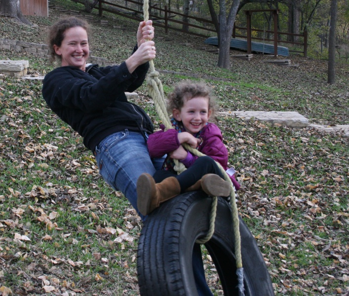 Higher mommy, higher! Our annual trip to see Grandpa Bob in Texas for Thanksgiving - complete with tire swing.