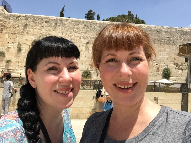 Cindy and her sister in Tel Aviv