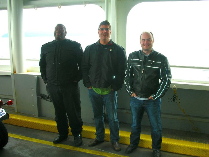 Stacey, Scott and Ryan heading to Vashon for the Isle of Vashon motorcycle ride