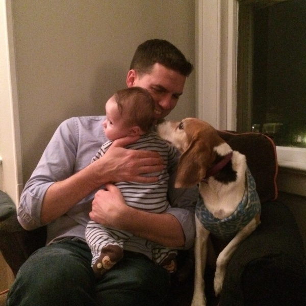 Tom with Charlie, the son of our close friends. Elle is very curious.