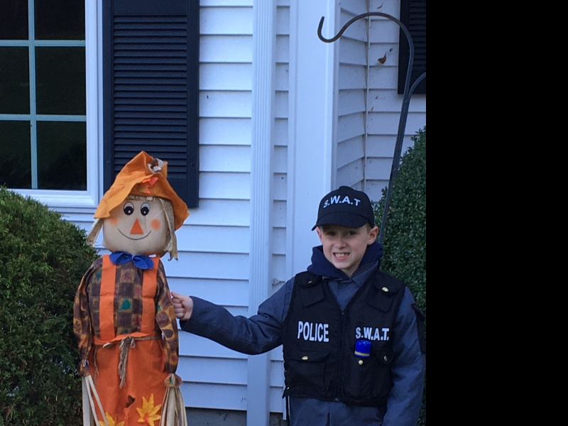 Happy Halloween!  That scarecrow better watch out.