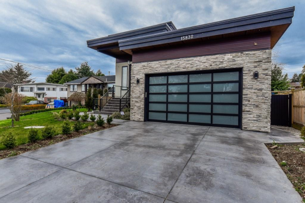 15832 PROSPECT CRESCENT, White Rock