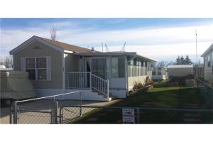 522 Carefree Resort  , Rural Red Deer County