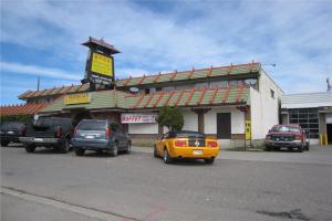 4402 17 AV SE, Calgary