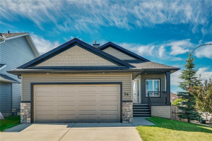 74 THORNFIELD CL SE, Airdrie