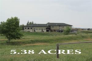 242043 TWP 232, Rural Wheatland County