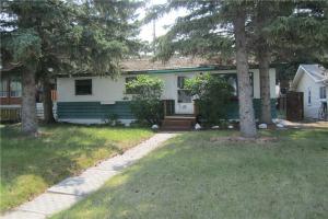 8635 34 AV NW, Calgary