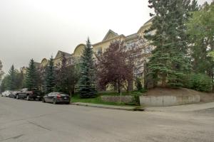 #407 1631 28 AV SW, Calgary