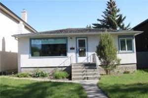 2538 1 AV NW, Calgary