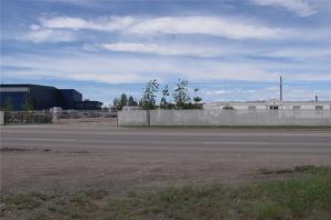 2728 50 AV SE, Calgary
