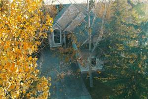 9041 9 AV SW, Calgary