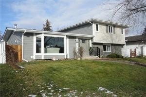 10719 MAPLEFORD RD SE, Calgary