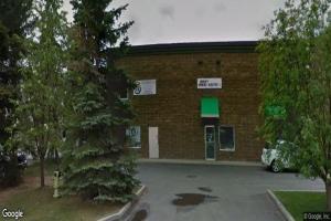 #15 215 39 AV NE, Calgary