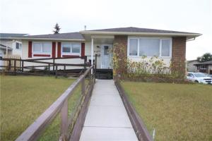 195 Rundlefield CR NE, Calgary