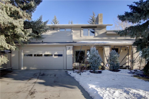 618 LAKE SIMCOE CL SE, Calgary