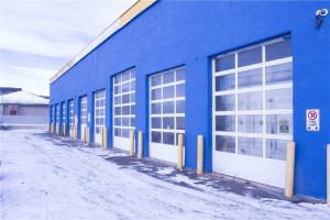 3360 26 ST NE, Calgary