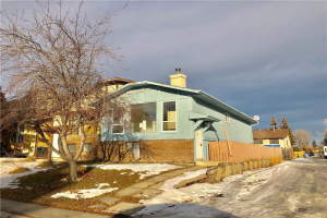 84 TEMPLESON CR NE, Calgary