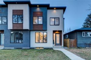 428 24 AV NE, Calgary