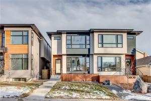 3806 Parkhill ST SW, Calgary