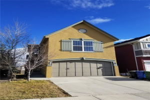 8 SAGE VALLEY DR NW, Calgary