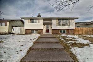 308 Templeside CI NE, Calgary