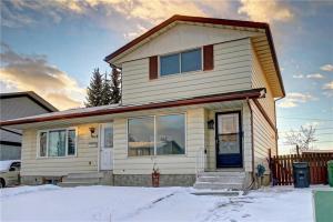 563 ABOYNE CR NE, Calgary
