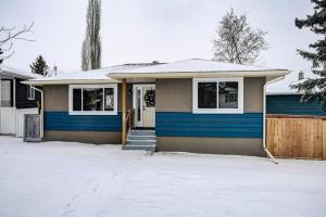 5404 THORNBRIAR RD NW, Calgary