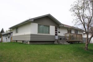 1931 9A AV NE, Calgary