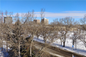 #507 2011 University Dr NW DR NW, Calgary