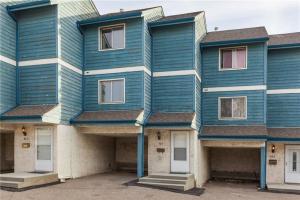 #403 919 38 ST NE, Calgary