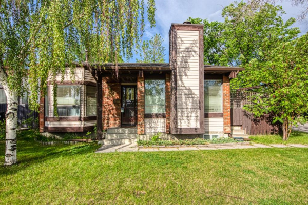 6904 RANCHVIEW DR NW, Calgary