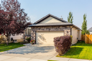 134 WEST LAKEVIEW PS , Chestermere
