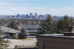 10 COACH MANOR RI SW, Calgary