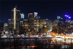 217 2 AV NE, Calgary