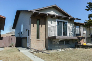 208 TEMPLEVALE RD NE, Calgary