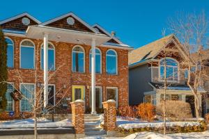 605 15 ST NW, Calgary